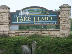 Lake Elmo of Minnesota, Lake Elmo sign, entry to Lake Elmo